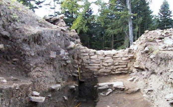 Cetatea Zânelor, vizitată pentru prima dată după 15 ani: Este una dintre cele mai bine conservate cetăți dacice