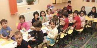 Aproximativ 1.400 de locuri libere în Bucureşti pentru clasa pregătitoare