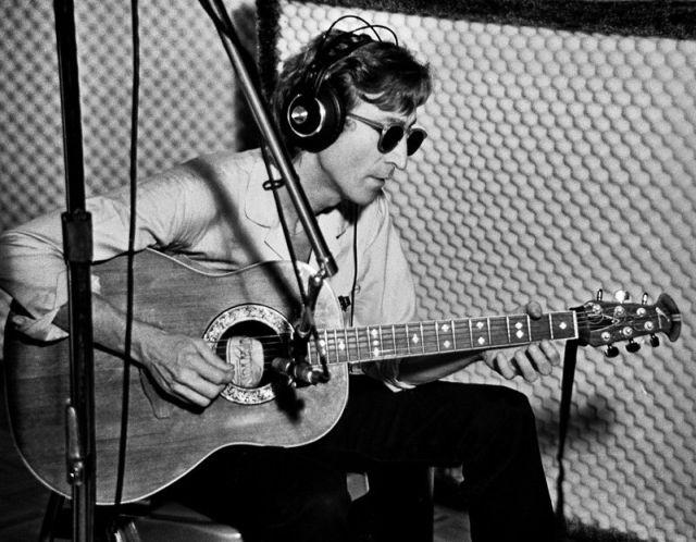 John Lennon ar putea fi clonat