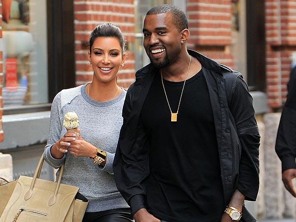 Pentru Kanye West și Kim Kardashian sună clopote de nuntă. Kanye a fost surprins cumpărând verighete