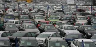 Vânzările auto-moto au atins, în iunie, cea mai mare scădere față de 2010