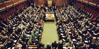 Parlamentul Marii Britanii respinge o intervenţie militară în Siria