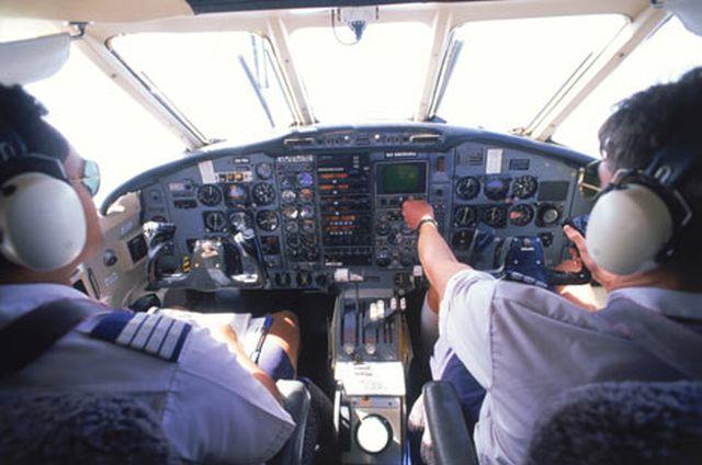Zborurile la înălțimi mari cres riscul de leziuni cerebrale