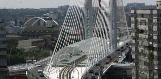 Trafic restricţionat vineri seară pe Podul Basarab