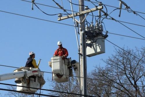 Enel întrerupe temporar furnizarea curentului electric în zone din Bucureşti şi Ilfov