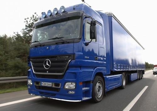 MAE: Restricţie de circulaţie pe teritoriul Ungariei pentru camioanele de peste 7,5 tone