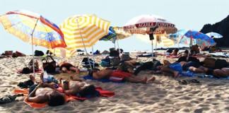 Reprezentant al unei agenții de turism, reținut după ce a vândut 30 de vacanțe false