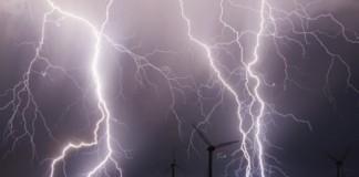 Avertizarea Cod Galben de ploi şi vânt, prelungită