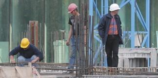 Toamna aduce scăderea investițiilor în construcții, dar și a numărului de angajați