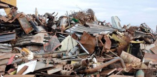 Industriașii din petrochimie cer interzicerea achiziționării de fier vechi de la persoane fizice