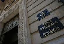 Rezervele valutare ale BNR au scăzut cu peste 1 miliard de euro în august. Banii s-au dus la FMI!