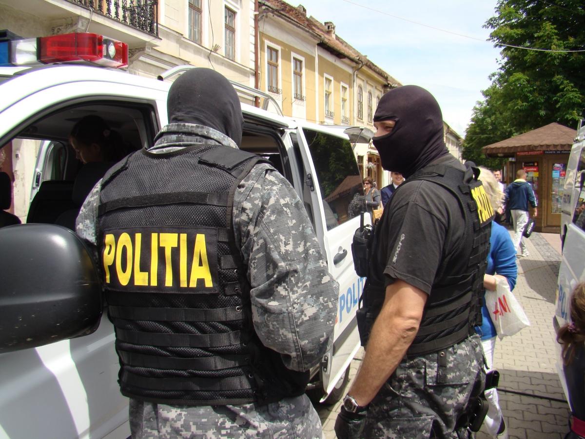 Traficant de droguri, reținut de procurorii DIICOT