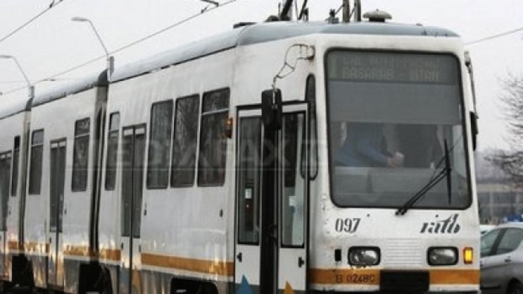 RATB reorganizează în acest weekend circulația pe liniile de tramvaie din zona Răzoare