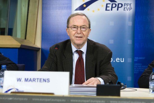 Președintele PPE, Wilfried Martens, renunță temporar la funcție din motive de sănătate