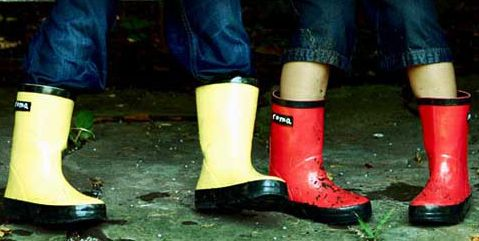 roma-boots-red-yellow