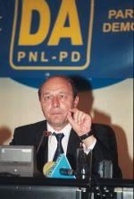 Traian Basescu_2004