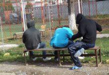 Tineri instituționalizați cu protecție specială