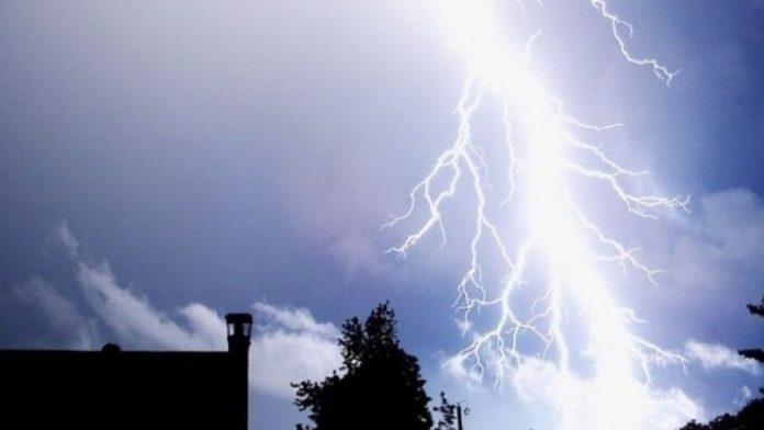 ploi, furtuna, case inundate, electricitate,