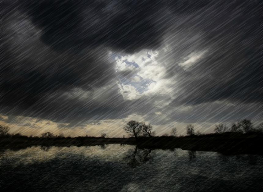 anm, Ploi torențiale, fulgere, vijelii, grindină