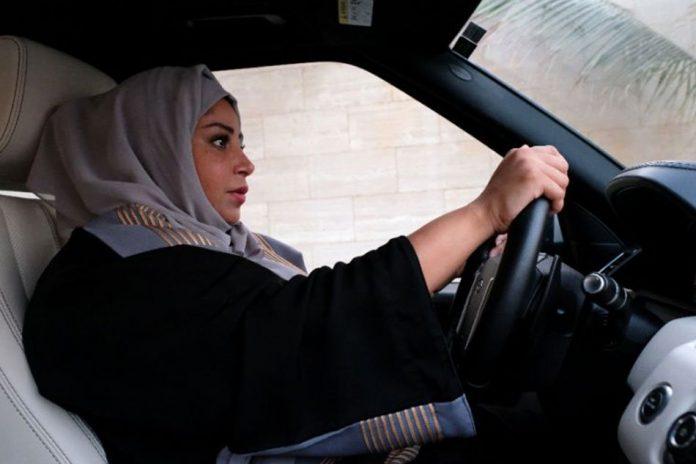 arabia saudita, femei, permis conducere, femei conduc masini